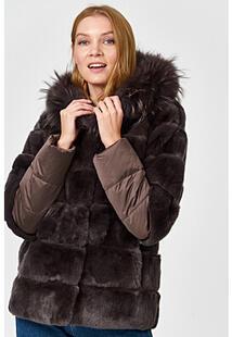 Шуба из меха кролика с отделкой мехом енота Virtuale Fur Collection 355992
