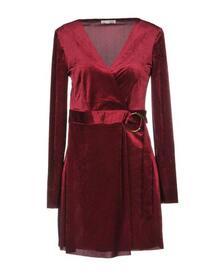 Короткое платье Relish 34875260su
