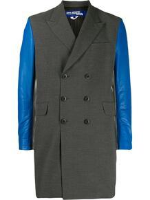 пальто с контрастными рукавами Junya Watanabe MAN 1434032377