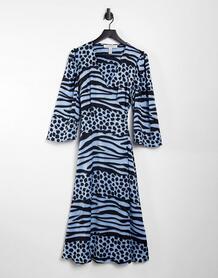 Голубое платье миди с запахом и звериным принтом -Голубой Liquorish 10884400