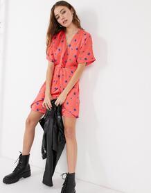 Красное платье мини с цветочным принтом Plus-Многоцветный Liquorish 10931689