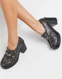 Серые лоферы на массивном высоком каблуке со змеиным принтом Panther-Серый ASOS DESIGN 10814966