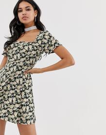 Чайное платье с цветочным принтом -Черный Motel 8176482