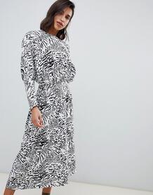 Жаккардовое платье миди с леопардовым принтом -Мульти ASOS DESIGN 7879673