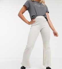 Бежевые расклешенные брюки в рубчик Petite-Neutral TOPSHOP 9648530