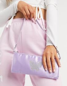 Плоская удлиненная сумка сиреневого цвета на плечо в стиле 90-х с бабочкой в стиле горячей фиксации -Фиолетовый цвет ASOS DESIGN 10747011
