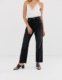 Черные джинсы прямого кроя с завышенной талией и необработанным краем -Черный NA-KD 8959606