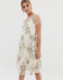 Розовое платье миди с вышивкой и полупрозрачной накладкой -Многоцветный Chi Chi London 8198255