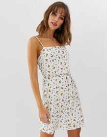 Платье мини в цветочек с квадратным вырезом -Белый Vero Moda 8305913