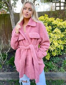 Розовое пальто из искусственного меха с поясом -Розовый цвет NA-KD 11549114