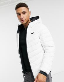 Легкая дутая куртка белого цвета с логотипом и капюшоном -Белый Hollister 10445117