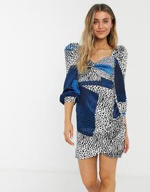 Платье мини с присборенными рукавами, леопардовым и прямоугольным принтом синего цвета -Голубой Liquorish 10884499