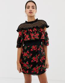 Платье мини с короткими рукавами и цветочной вышивкой -Мульти Dolly & Delicious 8031126