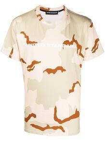 футболка с камуфляжным принтом и логотипом UNITED STANDARD 1671471283