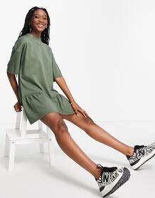 Платье-футболка цвета хаки в стиле oversized с оборками по краю -Зеленый цвет ASOS DESIGN 11221770