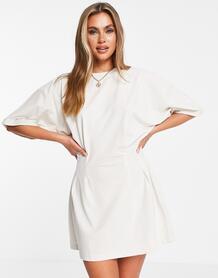 Светло-бежевое платье-футболка мини с защипами на талии -Светло-бежевый цвет MISSGUIDED 12092521