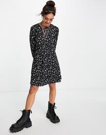 Короткое приталенное платье со сплошным принтом -Multi VILA 104038344
