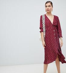 Бордовое платье в горошек на пуговицах с запахом -Красный Monki 7928600