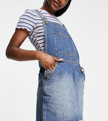 Выбеленный джинсовый комбинезон с мини-юбкой Inspired-Голубой Reclaimed Vintage 11894632