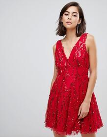 Короткое приталенное платье с кисточками и пайетками City Goddess 1320443