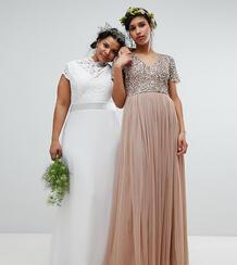 Платье макси с фигурным кружевом и открытой спиной TFNC Plus - Белый 1226995