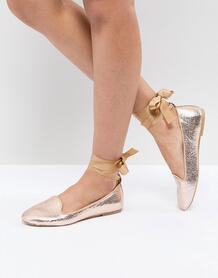 Туфли на плоской подошве с завязками на щиколотках RAID - Золотой 1214757