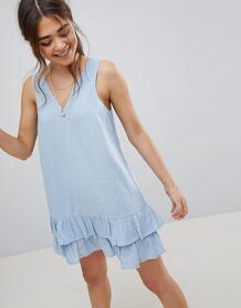 Платье мини в клетку с V-образным вырезом и баской ASOS - Синий ASOS DESIGN 1204630