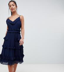 Плиссированное приталенное платье с оборками True Decadence Petite Pre 1186441