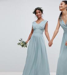 Платье макси без рукавов с плиссировкой на юбке TFNC Petite - Зеленый 1181428