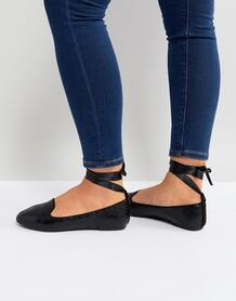 Черные туфли на плоской подошве с завязкой на щиколотке RAID - Черный 1214755