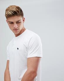 Белая футболка хенли с логотипом Abercrombie & Fitch - Белый Abercrombie& Fitch 1204877