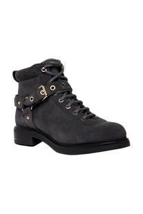 Boots Love Moschino 6195002
