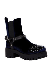 Boots Love Moschino 6174551