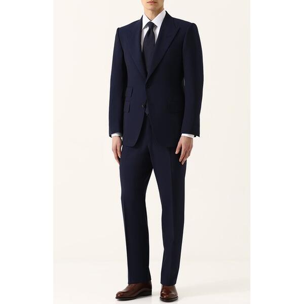 Шерстяной костюм с пиджаком на двух пуговицах